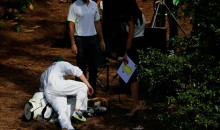 1D's Niall Horan takes a tumble at the Masters